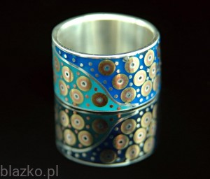 Porcelains Ring Colour